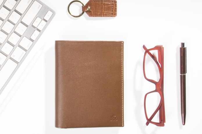 Voyager Smart-World's Most Functional Smart Wallet | Indiegogo